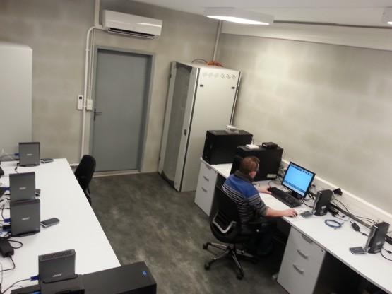 Salle blanche serveur informatique UCAL